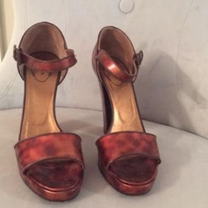 Prada coppertone heels size 9.5 with papers